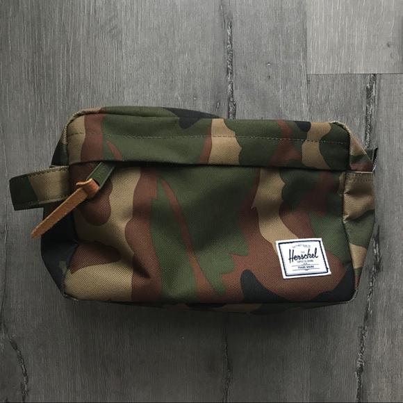 066fb99b15c Herschel Supply Company Handbags - HERSCHEL Camo Toiletry Chapter Travel Bag